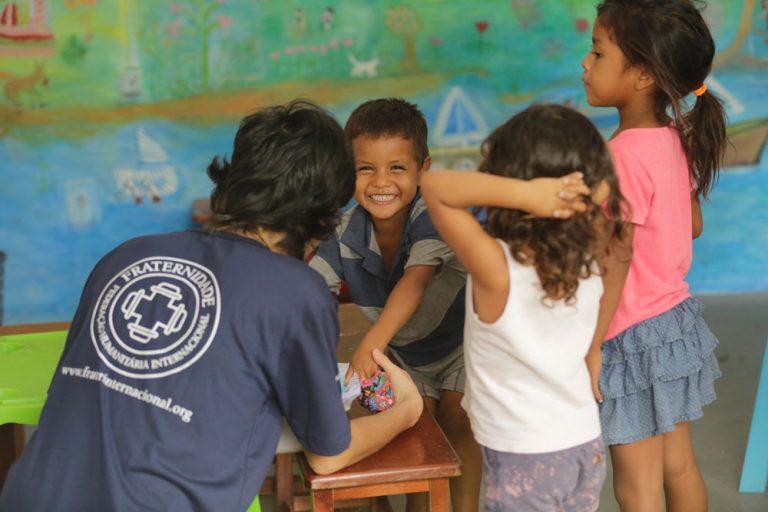 Formação sobre os Requisitos Mínimos de Educação - para Atores Humanitários do Brasil